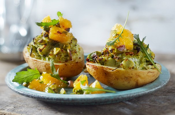 Jacket potato with ricotta and orange-pistachio sauce